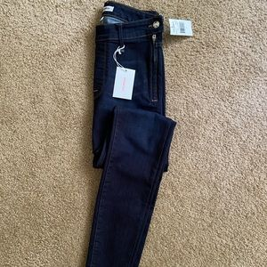 Good American High Waisted Side Zip Jean Size 25